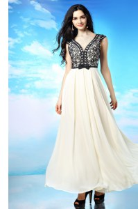 High Quality V-neck Cap Sleeves Side Zipper Homecoming Dress White And Black Chiffon