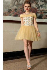Unique Beading Pageant Dress for Teens Gold Side Zipper Cap Sleeves Mini Length