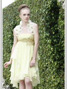 Cheap Light Yellow Column/Sheath Beading and Appliques Homecoming Gowns Backless Organza Sleeveless Knee Length