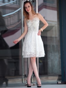High Class Sleeveless Zipper Knee Length Lace and Appliques Prom Dresses