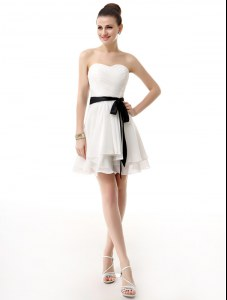 Pretty White Sweetheart Lace Up Sashes ribbons Cocktail Dresses Sleeveless