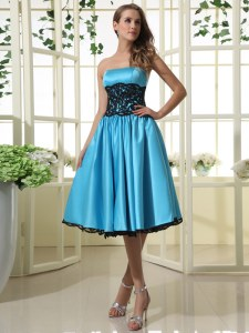 Baby Blue A-line Satin Strapless Sleeveless Lace Tea Length Zipper