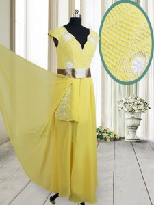 Adorable V-neck Cap Sleeves Chiffon Homecoming Dress Beading and Belt Zipper