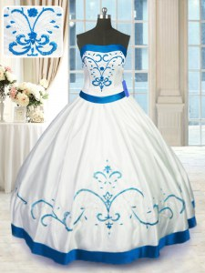 Pretty Ball Gowns Ball Gown Prom Dress White Strapless Satin Sleeveless Floor Length Lace Up