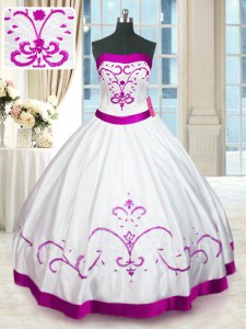 Hot Selling Strapless Sleeveless Satin Quinceanera Dress Beading and Embroidery and Belt Lace Up