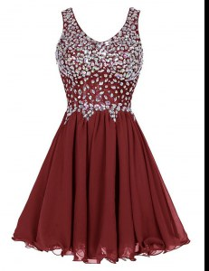 Great Burgundy A-line Straps Sleeveless Chiffon Knee Length Zipper Beading Prom Homecoming Dress