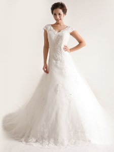 Custom Made White Cap Sleeves With Train Lace and Appliques Lace Up Wedding Dresses