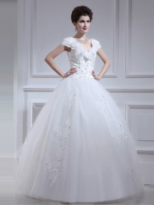 Custom Made Sleeveless Floor Length Beading and Appliques and Sashes ribbons and Bowknot Lace Up Wedding Dresses with White