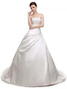 Low Price White Sleeveless Satin Court Train Lace Up Wedding Dress for Wedding Party