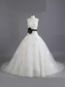 White A-line Sweetheart Sleeveless Tulle With Train Court Train Lace Up Beading and Appliques and Belt Wedding Gowns