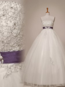 Custom Design Beading and Appliques and Sashes ribbons Wedding Dresses White Lace Up Sleeveless Floor Length