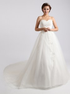 Ideal White Ball Gowns Beading and Appliques Wedding Dresses Lace Up Tulle Sleeveless With Train