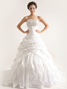 Popular White A-line Taffeta Strapless Sleeveless Beading and Pick Ups With Train Lace Up Wedding Dresses Court Train