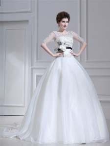 Dazzling Scoop Half Sleeves Brush Train Zipper With Train Beading and Appliques Wedding Gown