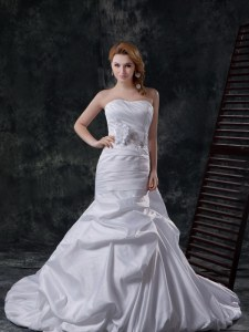 White Mermaid Pick Ups and Hand Made Flower Wedding Gowns Lace Up Taffeta Sleeveless With Train