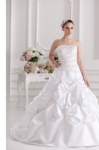 Extravagant White Zipper Wedding Dress Beading and Ruching and Pick Ups Sleeveless Brush Train