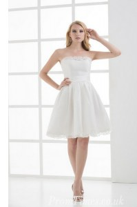 White Strapless Neckline Lace Bridal Gown Sleeveless Lace Up