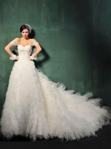 Tulle Sweetheart Cap Sleeves Chapel Train Backless Beading and Ruffles Wedding Dress in White