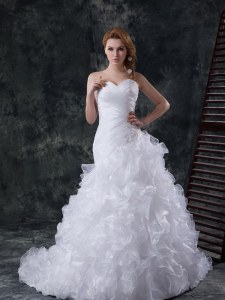 Sweetheart Sleeveless Brush Train Lace Up Wedding Gown White Organza