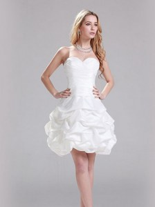 Taffeta Sweetheart Sleeveless Zipper Ruffles Wedding Gowns in White