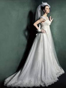 Cap Sleeves Court Train Lace Up Beading and Lace and Appliques Wedding Dress