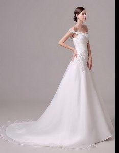White Wedding Gown Off The Shoulder Sleeveless Court Train Clasp Handle