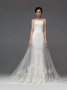 Gorgeous White Lace Up Wedding Dresses Lace and Appliques Sleeveless With Brush Train