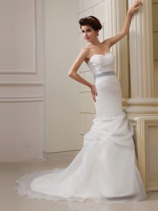 White Column/Sheath Organza Sweetheart Sleeveless Pick Ups With Train Side Zipper Bridal Gown Brush Train