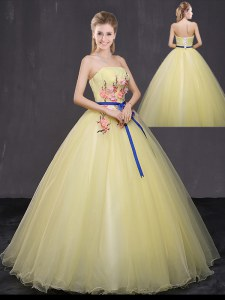 Dynamic Appliques Quince Ball Gowns Yellow Lace Up Sleeveless Floor Length