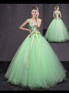 V-neck Sleeveless Quinceanera Dresses Floor Length Appliques and Belt Apple Green Tulle