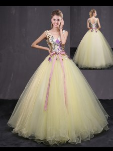 Low Price Floor Length Light Yellow Quinceanera Dresses Tulle Sleeveless Appliques and Belt