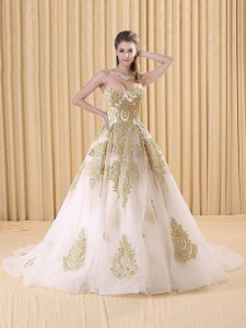 White Ball Gowns Organza Sweetheart Sleeveless Appliques Lace Up Quince Ball Gowns Sweep Train