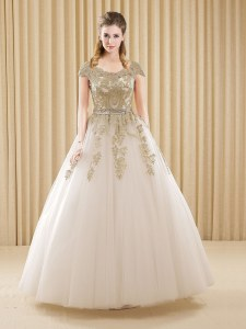 Latest Scoop Floor Length White Quinceanera Dress Tulle Short Sleeves Beading and Appliques