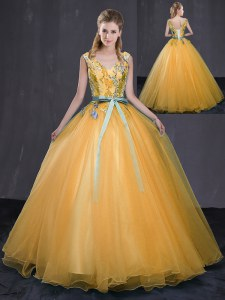 Gold Tulle Lace Up V-neck Sleeveless Floor Length Vestidos de Quinceanera Appliques and Belt