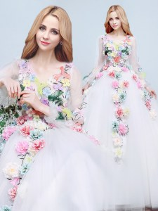 Elegant Long Sleeves With Train Appliques and Hand Made Flower Lace Up Wedding Gowns with White Court Train