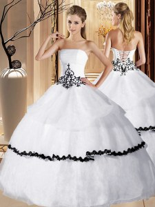 Fancy White Ball Gowns Appliques and Ruffled Layers Quinceanera Gowns Lace Up Organza Sleeveless Floor Length