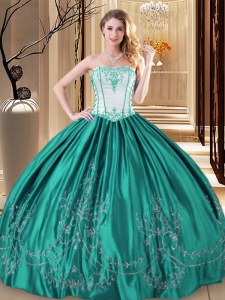 Great Sleeveless Embroidery Lace Up Sweet 16 Dress