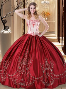 Gorgeous Floor Length Lace Up Sweet 16 Dresses Wine Red for Military Ball and Sweet 16 and Quinceanera with Embroidery