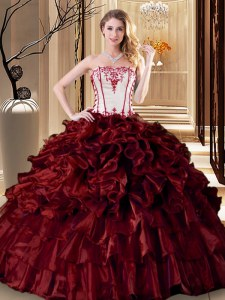 Romantic Wine Red Ball Gowns Ruffles Quince Ball Gowns Lace Up Organza Sleeveless Floor Length